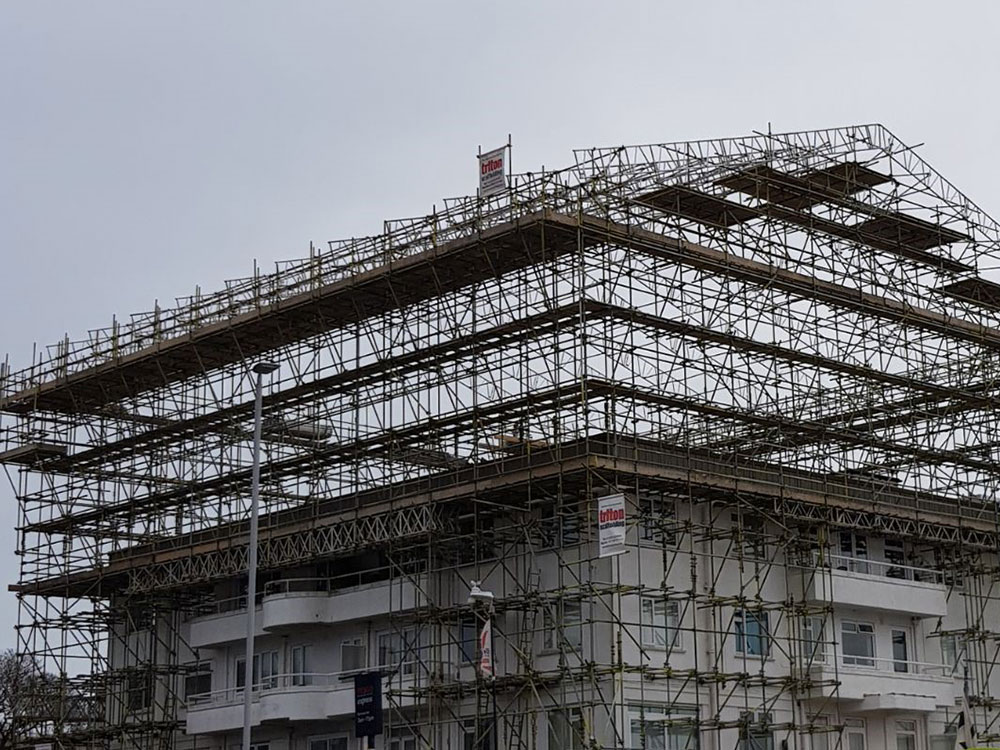 Large Scale Scaffolding in Bournemouth - Triton