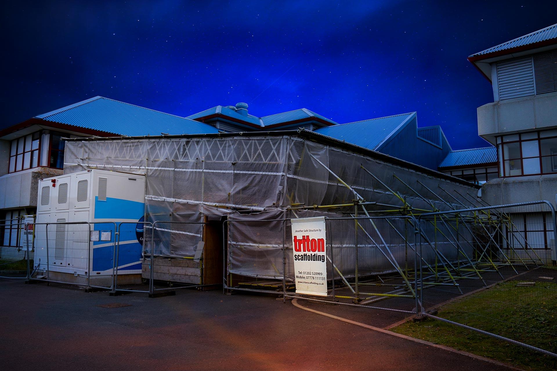 Temporary Roofing at Bournemouth Hospital - Triton Scaffolding Ltd - Slideshow Photo